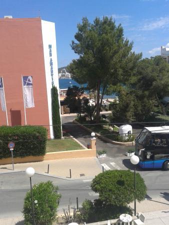 azuLine Hoteles Mar Amantis I & II : Sea facing view
