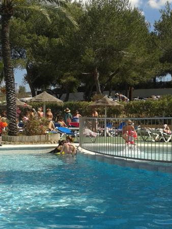 azuLine Hoteles Mar Amantis I & II : One of the pools