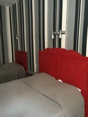 Hotel Restaurant Saint-Melaine: chambre