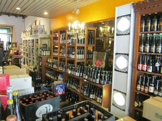 Bacchus Cornelius Beer and Jenever House: The store offers a large selection to choose from.