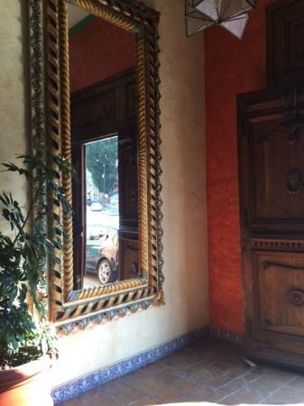 Casa Magica Hotel: entrada