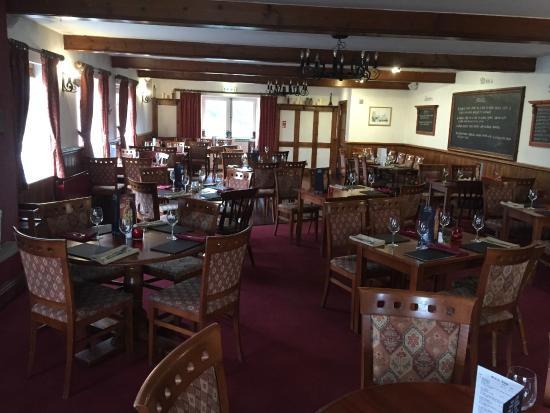 Red Lion Penyffordd: Restaurant
