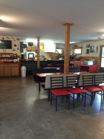 Granville, MA: Inside the ice cream shoppe