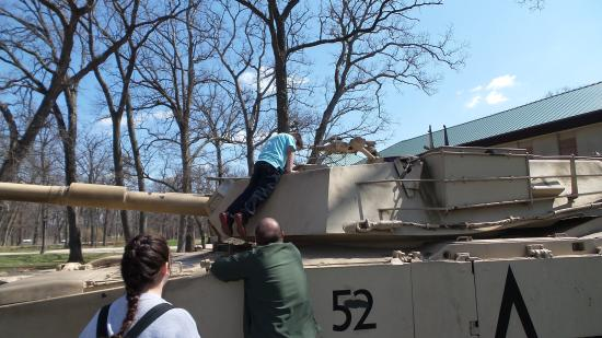 First Division Museum at Cantigny : Tanks at Cantigny