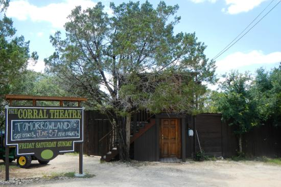 Wimberley, TX: Corral Theater June 2015