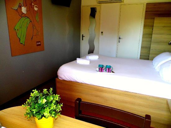 Deco Salon Marron Et Taupe : Chambre Simple Chambre Double Difference Chambre double ou triple