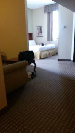 Holiday Inn Express San Antonio N-Riverwalk Area: Huge room