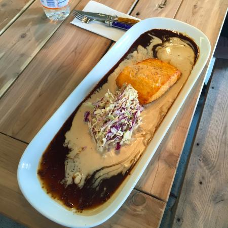 Locally Grown Gardens: Salmon and cole slaw over balsamic