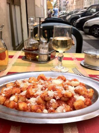 Taverna Pretoriana: Gnocchi ao sugo