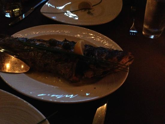 Lithos Estiatorio: Beautiful whole fish, simply prepared