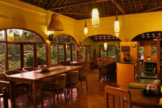 Sarinbuana Eco Lodge: restaurant
