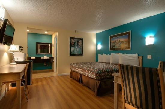 Vagabond Inn Bakersfield South: Single King Room
