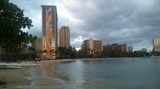 Newly restored Rainbow tiles - Picture of Hilton Hawaiian