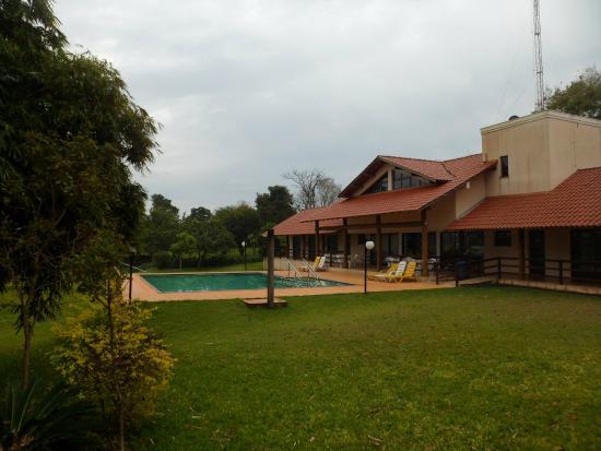 Ipelandia Park Golf Hostel: Vista de um dos quartos