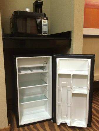 Holiday Inn Hotel-Houston Westchase: Coffee and Fridge