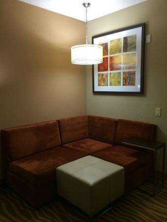 Holiday Inn Hotel-Houston Westchase: Seating Area