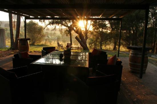 Hunter Homestead: Sunrise from the Outdoor Entertaining area.