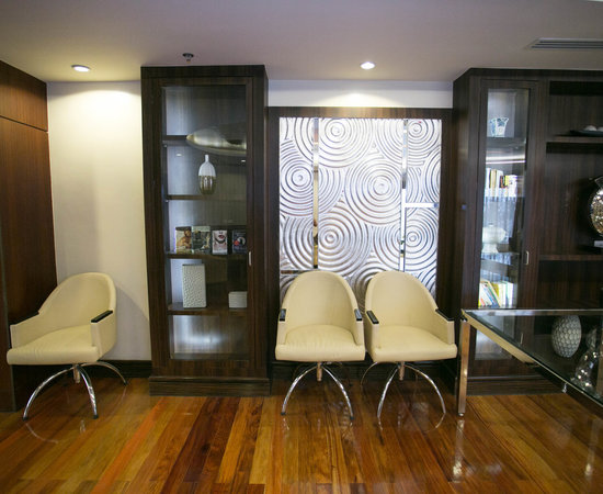 Premiere Lounge at the Ramada Manila Central