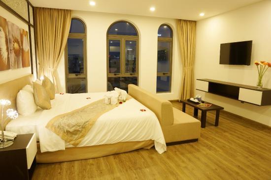 Flora Hotel Residence