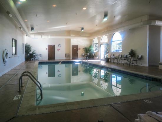 BEST WESTERN Grande River Inn & Suites: Grande River Inn Pool & Hot Tub