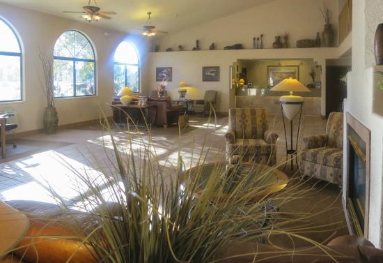 BEST WESTERN Grande River Inn & Suites: Grande River Inn Lobby