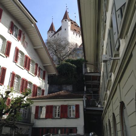 Schloss THUN : Entering the city.