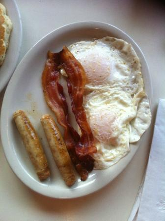 Syracuse, NY: 2 Eggs, 2 Bacon, 2 Sausage at Julie's Diner