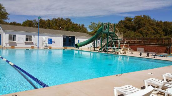 Kiddie Pool Area With Small Slide Picture Of Paradise Ocean Club Hampton Tripadvisor