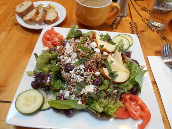 Petite Provence: Quinoa chicken salad