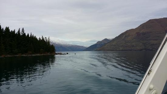 Queenstown Lake Cruise - Southern Discoveries: Lake Wakatipu from the boat
