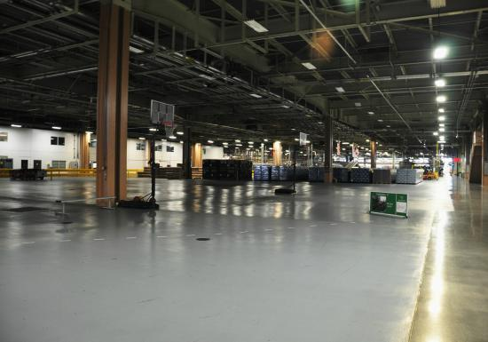 Warehouse floor with basketball hoop - Picture of Budweiser