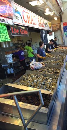 Jumbo crab legs anyone picture of maine avenue fish for Maine fish market