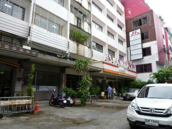 Silom Avenue Inn: シーロム アベニュー イン