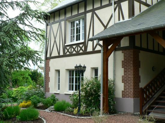 Hotel La Villa Des Houx Aumale France