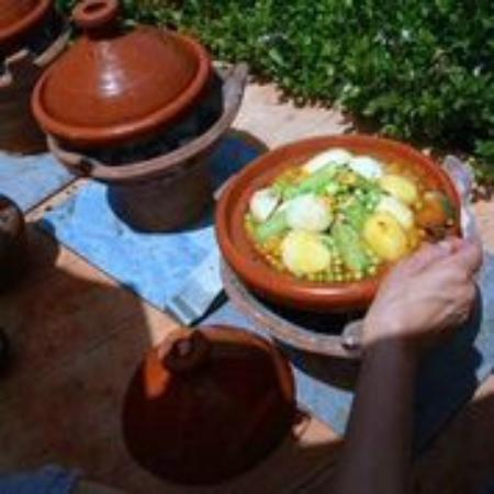 Orty cooking class picture of atelier de cuisine chef for Atelier cuisine marrakech