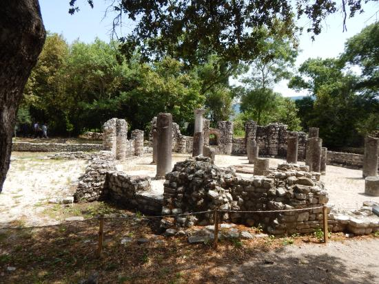 butrint national parkarcheological place in albania essay