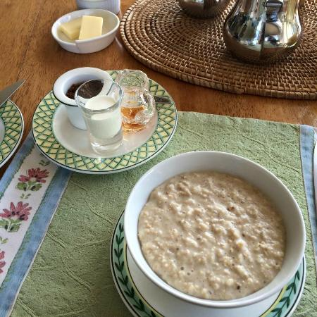 Henley Hotel: The most delicately presented porridge in the world