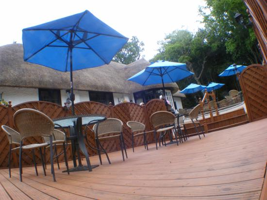 The Blue Hayes Restaurant: Sunken Patio