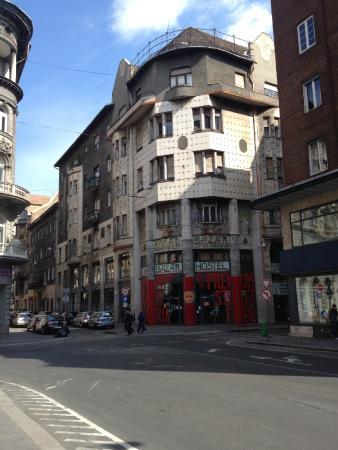 Bazar Hostel: Cool facade
