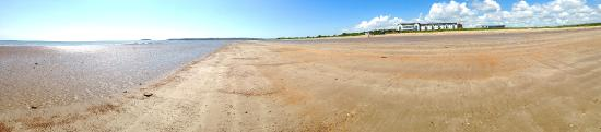Quality Hotel & Leisure Center Youghal: Redbarn Beach, Youghal