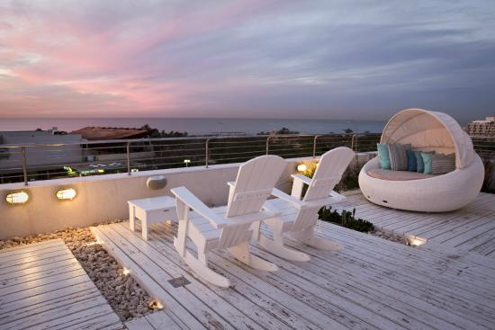Shalom Hotel & Relax Tel Aviv - an Atlas Boutique Hotel: Rooftop Patio