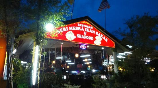 Restoran Seri Mesra Ikan Bakar & Seafood