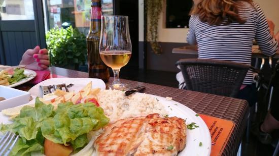 Ponta do Pargo, Portugal: Peito de frango recheado