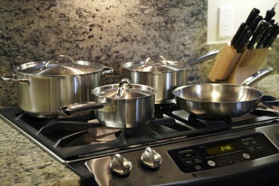 Toluca Hills by Avalon : Our gourmet kitchens are spacious, come fully equipped