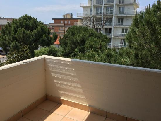 Hotel bracciotti camera bagno balcone vista e piscina - Bagno caterina viareggio ...