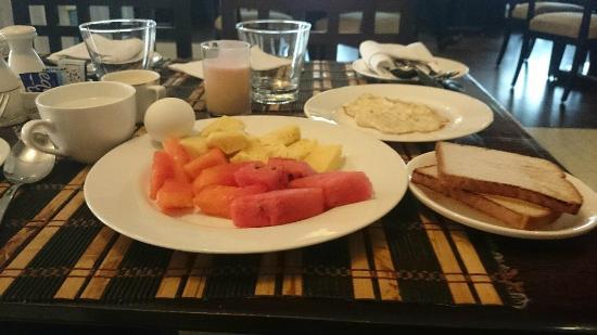 The Bristol Hotel : my breakfast- fresh