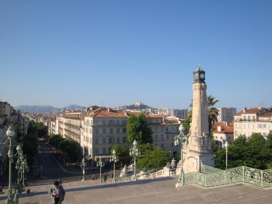 Gare de Marseille Saint-Charles : 駅テラスからの眺め