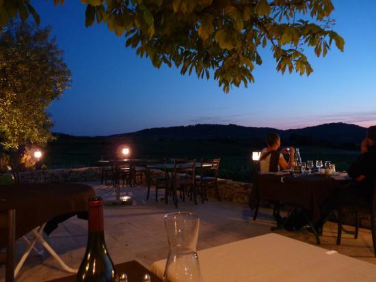 Restaurant la Ferme du Pezet: Coucher de soleil à la Ferme du Pezet