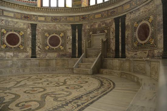 Basilica San Vitale: Ravenna San Vitale