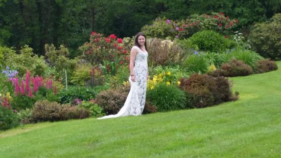 Corrib View Country House: Both the garden and the home were just fantastic
